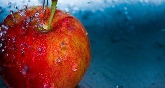 The Benefits of Apples for Your Skin