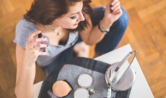 7 Natural Perfumes Without Chemicals That Don't Stink