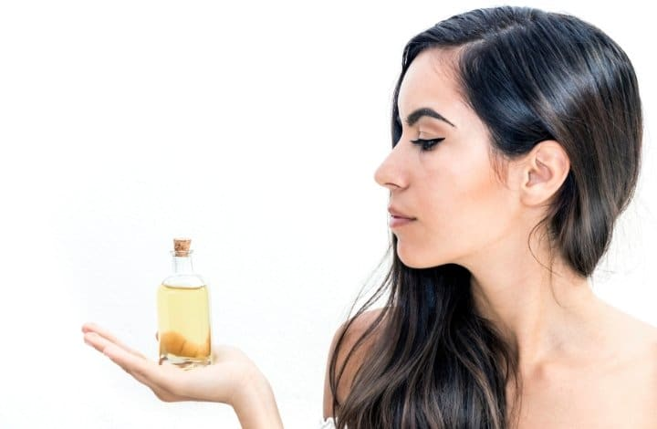 How To Perform an Overnight Oil Treatment Step by Step