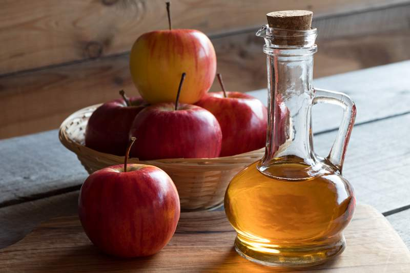DIY Skin Toners - Apple-Cider-Vinegar toner recipe