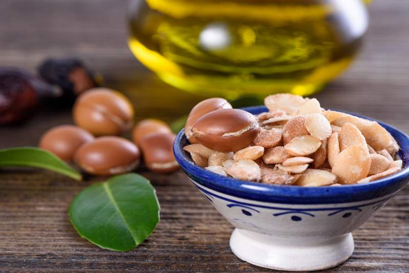 natural oils for the skin - argan oil