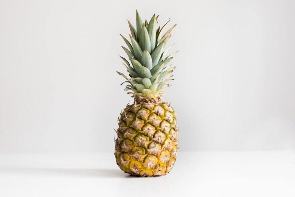 homemade pineapple facial scrub