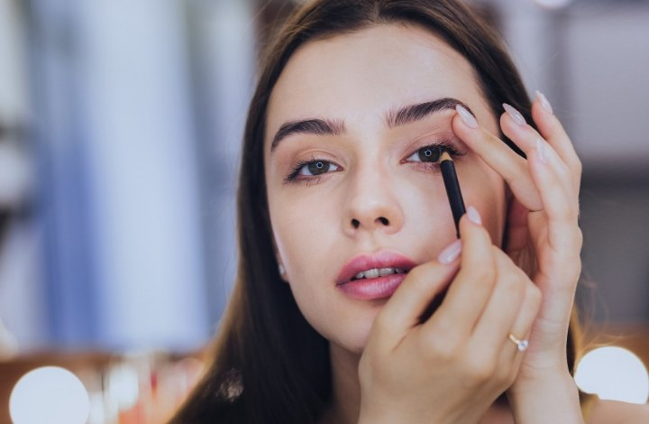 9 best organic and natural eyeliner pencils