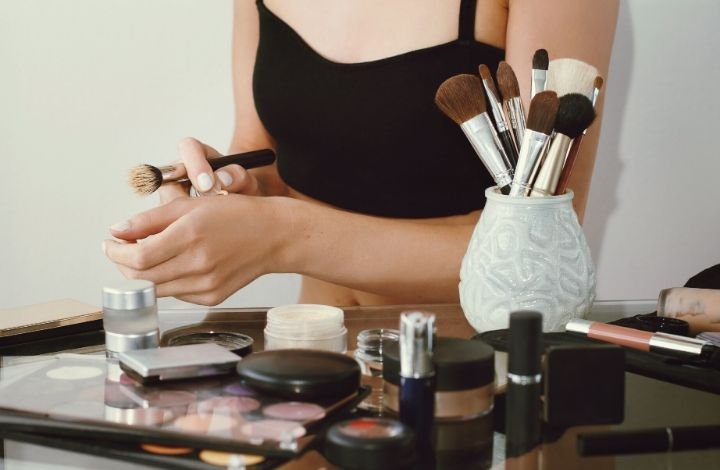 what to look for in a natural concealer