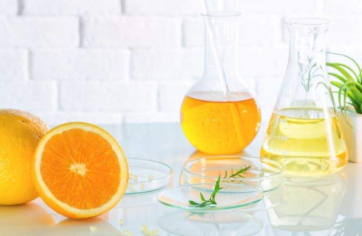 DIY Vitamin C Serum Recipes For Your Skin