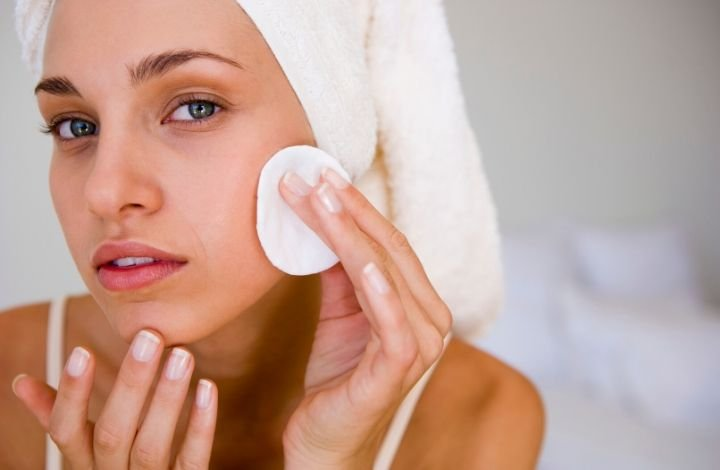 what to avoid in a toner for dry skin