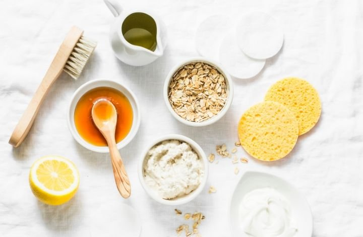 Simple Ingredients You Can Use to Cleanse Your Face