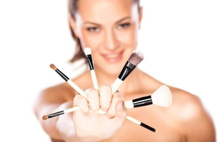 household makeup brush cleaners