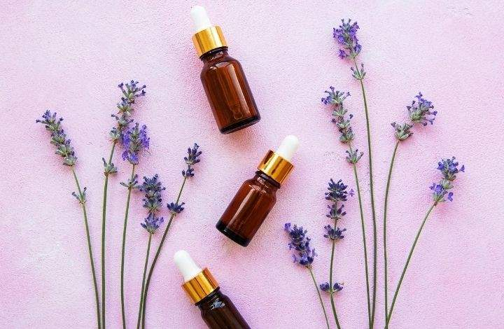 best essential oils for thinning hair - lavender essential oil