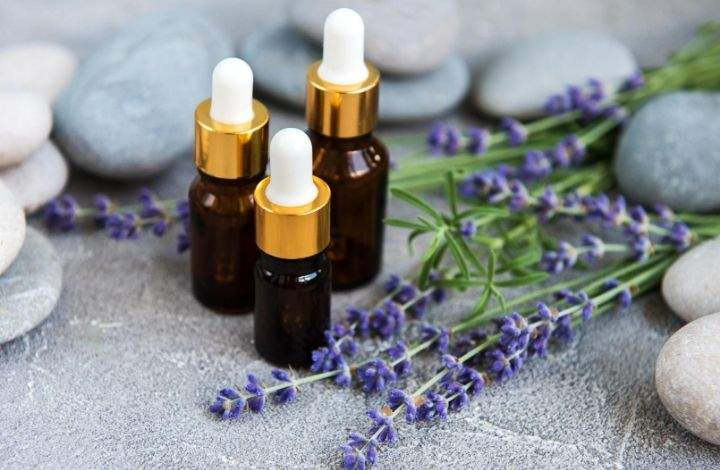 lavender essential oil for nails
