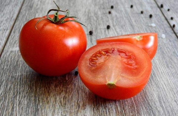 What is Tomato Seed Oil